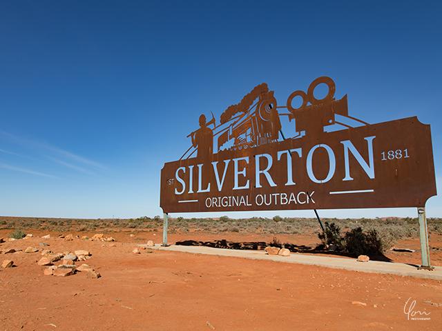 シルバートン 看板 Silverton signboard2