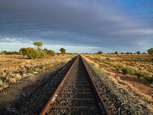 アウトバック 線路 outback train rail