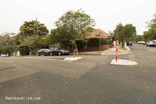 Woolcott street 左折