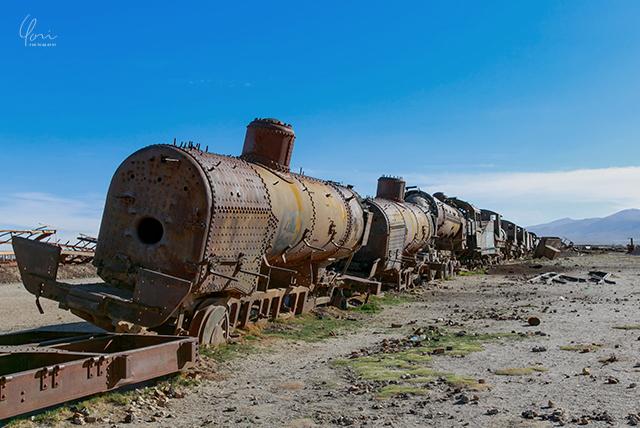 ボリビア ウユニ 列車の墓場 Bolivia train graveyard