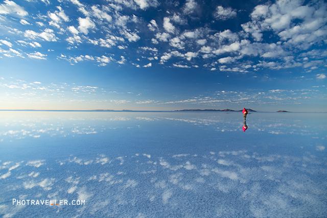 ウユニ塩湖 早朝のリフレクション