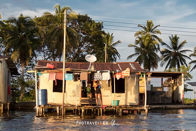 雷が世界一多いベネズエラ カタトゥンボ 水上の家